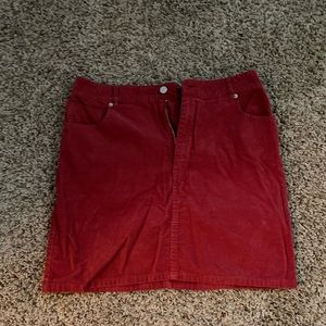 Cord skirt in red